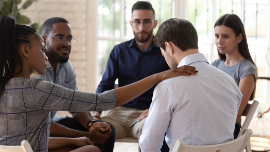 TopMedTalk | Substance Use Disorder - Peer Support: An Empathetic Information Resource